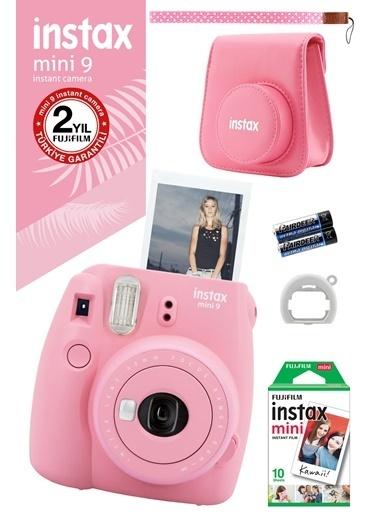 Fujifilm Instax Mini 9 Açık Pembe Fotoğraf Makinesi ve Hediye Seti 3 Pembe